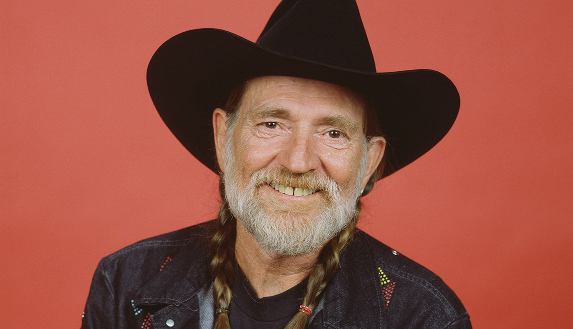 item 12 of Gallery image - Willie Nelson 'Pretty Papers'