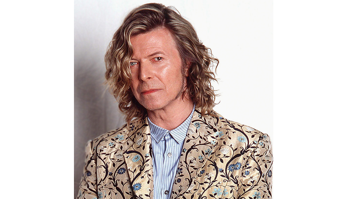 item 9 of Gallery image - david bowie Dressed in Pre-Raphaelite-styled coat designed by Alexander McQueen