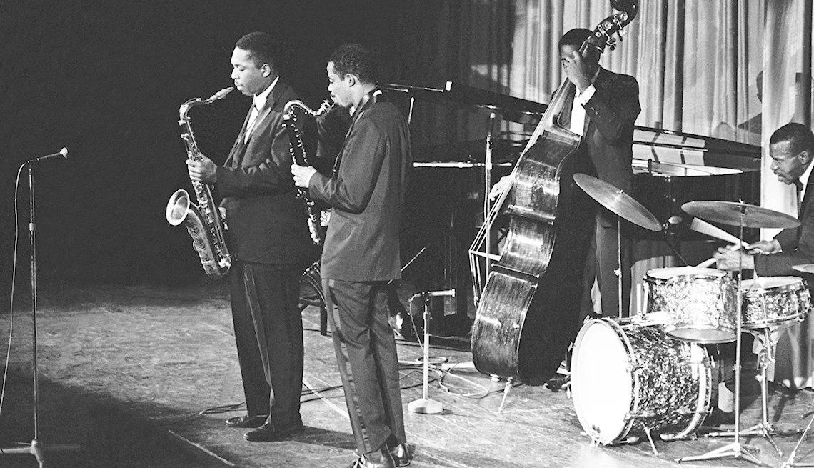 John Coltrane en un show con su banda