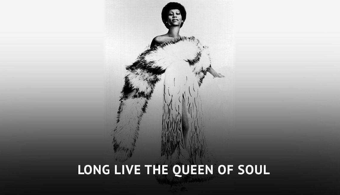 "Photo of Aretha Franklin with text ""Long Live the Queen of Soul"""