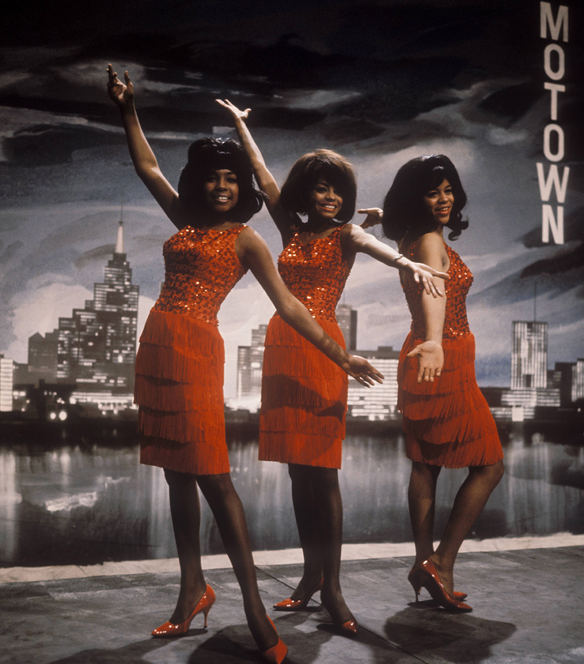 The Supremes performing
