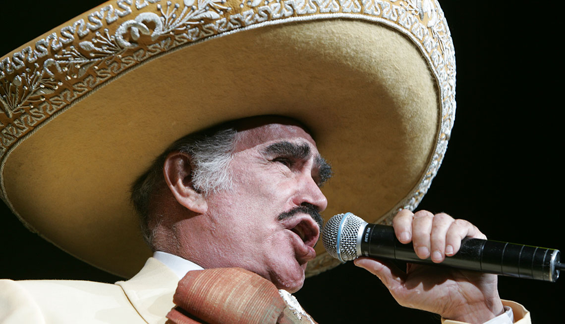 item 8 of Gallery image - Vicente Fernández
