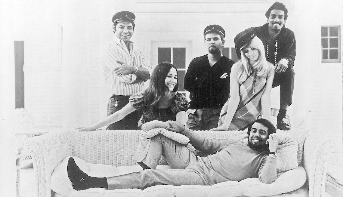 item 2, Gallery image. Mendes y su banda, Brasil '66, en 1970.