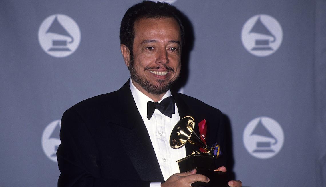 item 4 of Gallery image - Sérgio Mendes en la gala 35 de los GRAMMY, febrero 24, 1993, Los Ángeles, California.