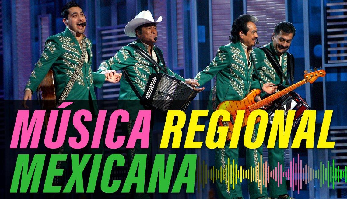 item 8 of Gallery image - Los Tigres del Norte durante los premios Latin GRAMMY en el Toyota Center, Houston, Texas, 2008, con el texto Música Regional Mexicana.