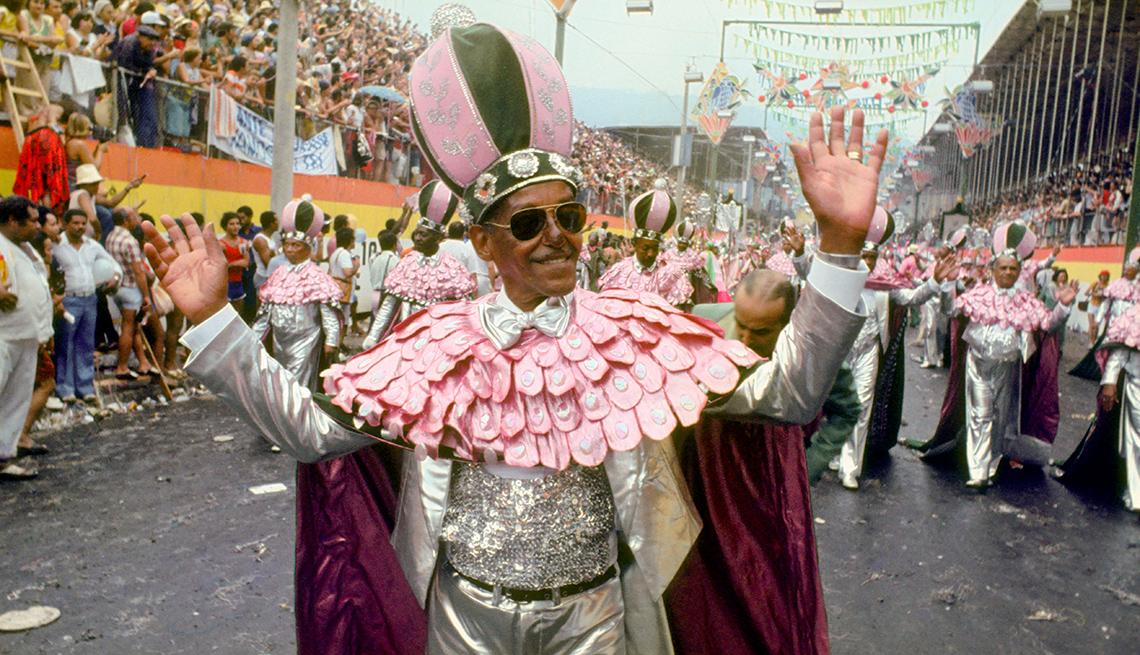 Angenor de Oliveira en un desfile del Carnaval de Río de Janeiro, Brasil, 1978.