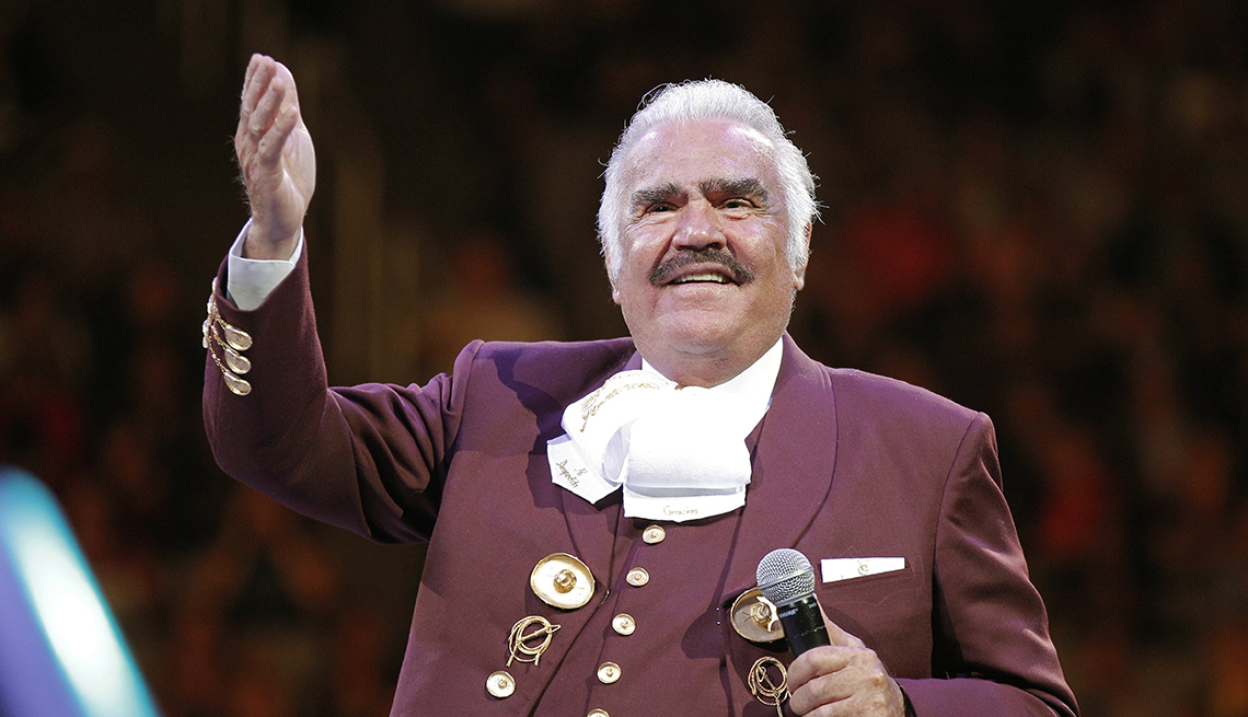 item 7 of Gallery image - Vicente Fernández