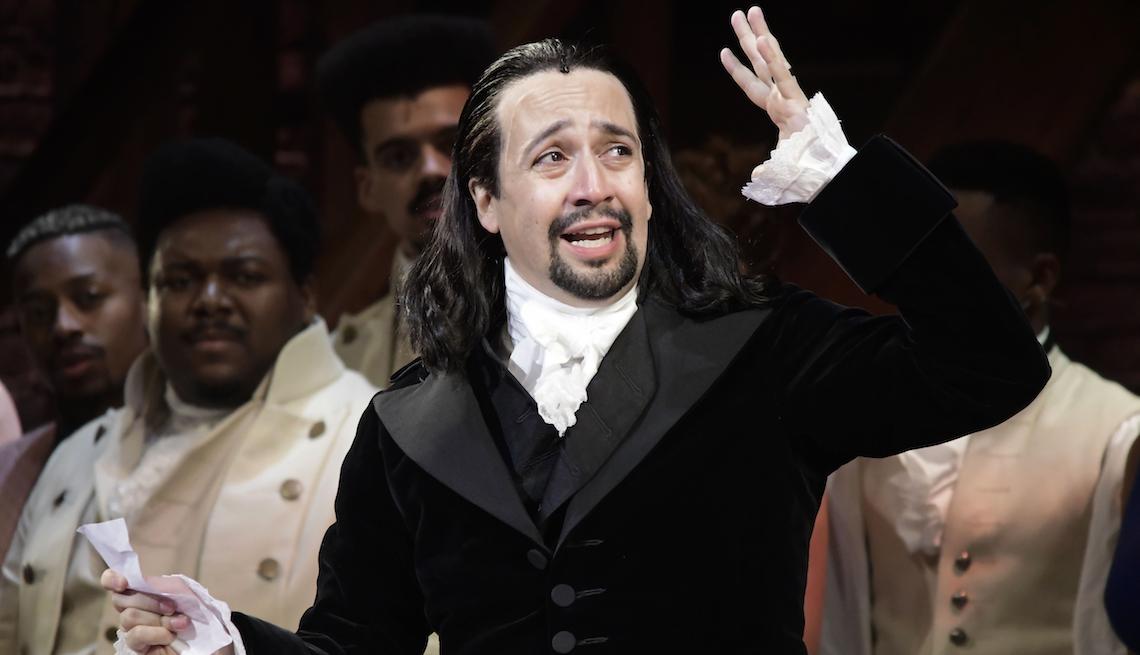 item 16 of Gallery image - Lin-Manuel Miranda, en una escena del musical Hamilton.