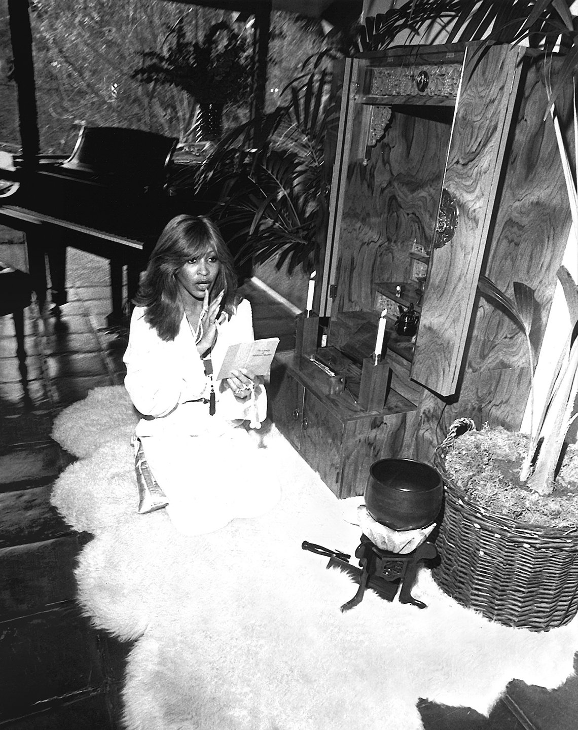 tina turner chanting at home in the late seventies