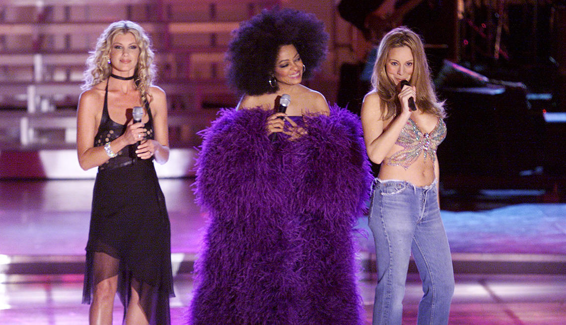 Faith Hill, Diana Ross and Mariah Carey performing at VH1 Divas 2000 Tribute to Diana Ross