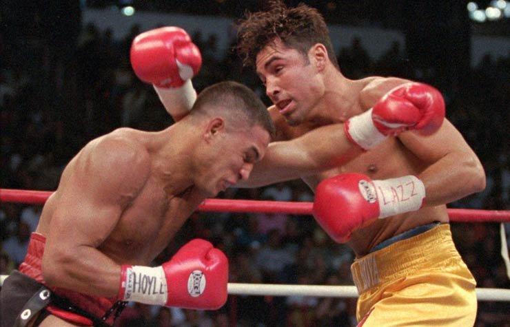 Héctor Camacho, a la izquierda de Puerto Rico, y Oscar De La Hoya de Los Angeles intercambio de golpes en la primera ronda de su campeonato del CMB peso welter de 1997 en Las Vegas, Recordando a Héctor Camacho