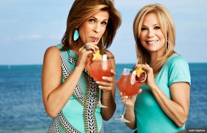 Kathie Lee Gifford and Hoda Kotb sip cocktails by the pool of Kathie Lee's Florida home (Justin Stephens)