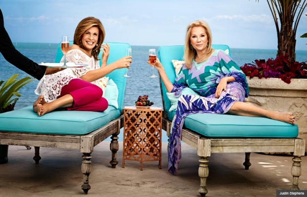 Kathie Lee Gifford and Hoda Kotb lounge at Kathie Lee's Flordia home (Justin Stephens)