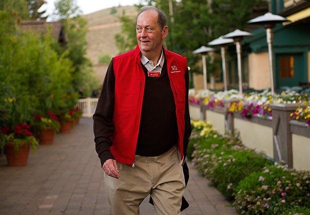 Former Senator Bill Bradley (David Paul Morris/Bloomberg/Getty Images)