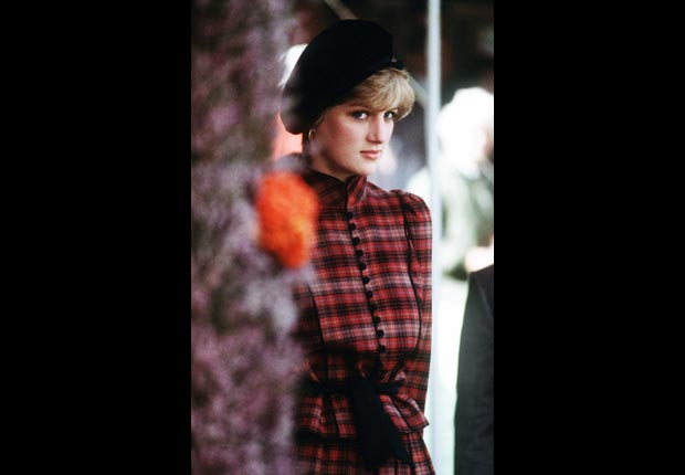 Princes Diana, tartan outfit (Anwar Hussein/WireImage/Getty Images)
