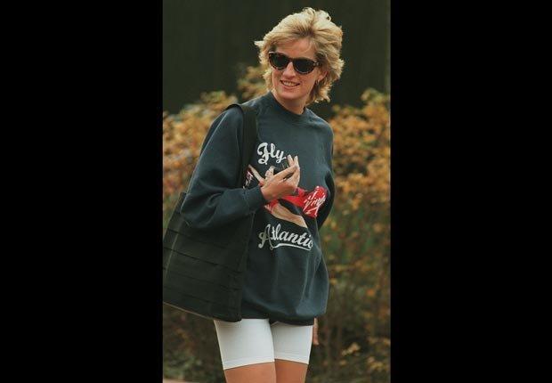 Princesa Diana con ropa de entrenamiento