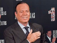 Julio Iglesias cumple 70 años en septiembre