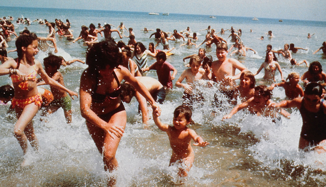 Movie Still From Jaws, AARP Entertainment, Essential Boomer Movies