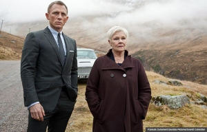 Daniel Craig y Judi Dench en la película Skyfall