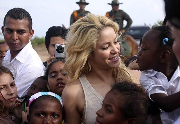 Shakira - Famosos y humanitarios