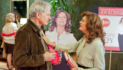 Victor Garber as Willy and Susan Sarandon as Joy in The Big C (Season 3, episode 4)