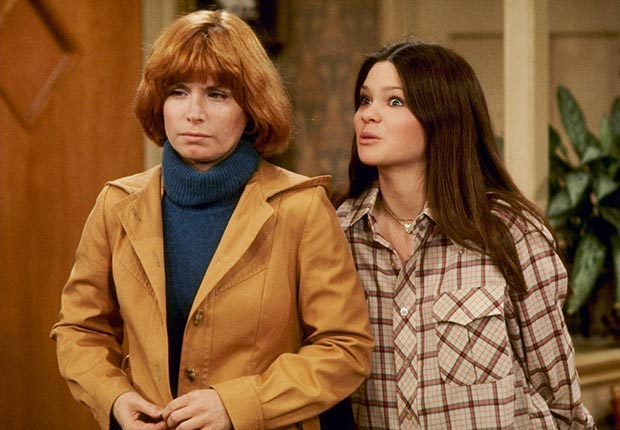 Bonnie Franklin and Valerie Bertinelli star in One Day at a Time.