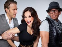 Protagonistas de la telenovela 'Te presento a Valentín', una novela para ver en teléfonos móviles o tabletas.