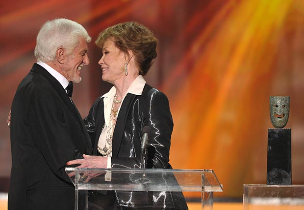 Dick Van Dyke and Mary Tyler Moore at the 18th Annual Screen Actors Guild Awards, 2012