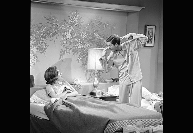 Dick Van Dyke and Mary Tyler Moore on the Dick Van Dyke Show, 1963.