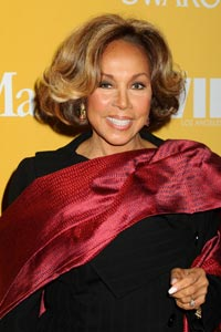 Diahann Carroll pioneer television red carpet smile
