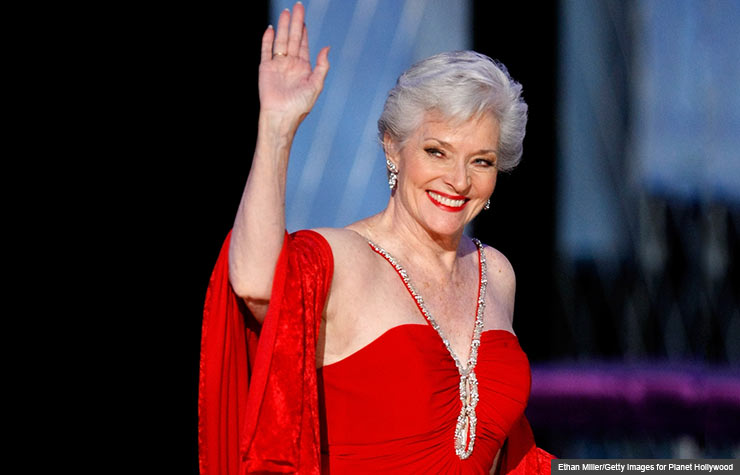 Lee Meriwether Miss America 1955 2010 wave conversation with