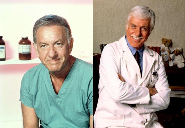 Quincy, M.E. (Jack Klugman - izquierda) y Dr. Mark Sloan (Dick Van Dyke - derecha) - Doctores favoritos de TV.