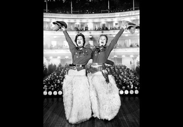 Carol Burnett and Julie Andrews in a television special at Carnegie Hall