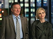 Robin Williams and Sarah Michelle Gellar in The Crazy Ones.