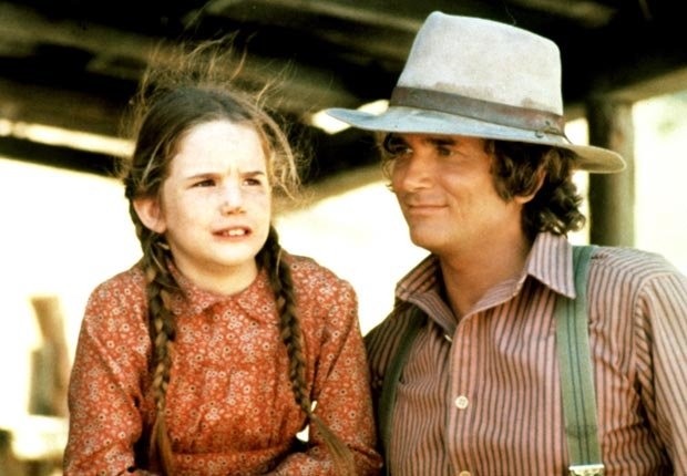 Child actress Melissa Gilbert with Michael Landon, Little House on the Prairie, Child stars (Everett Collection)