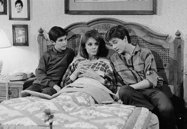 Valerie Harper, bed (NBCU Photo Bank via Getty Images)