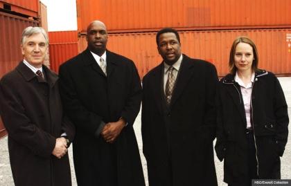 Robert F. Colesberry, Darryl Massey, Wendell Pierce, and Amy Ryan en The Wire.