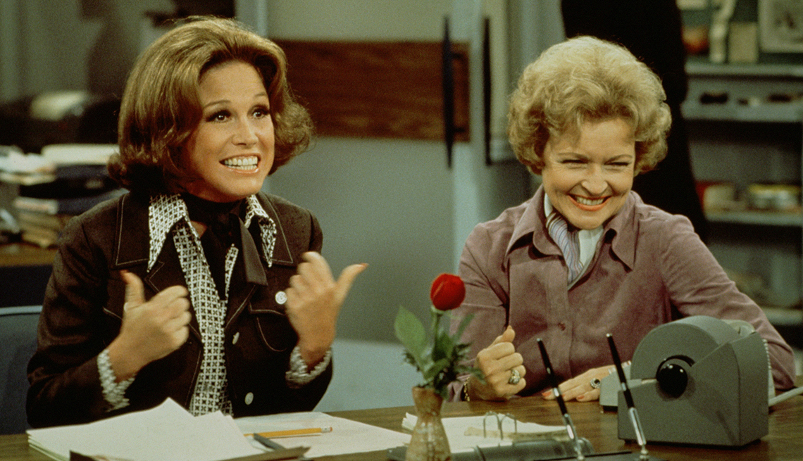 Mary Tyler Moore, Betty White, The Mary Tyle Moore Show, Women Who Changed TV