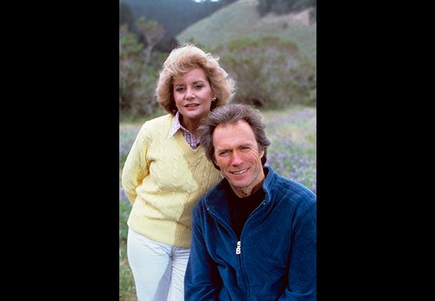 Barbara Walters entrevista al actor y director Clint Eastwood en su programa