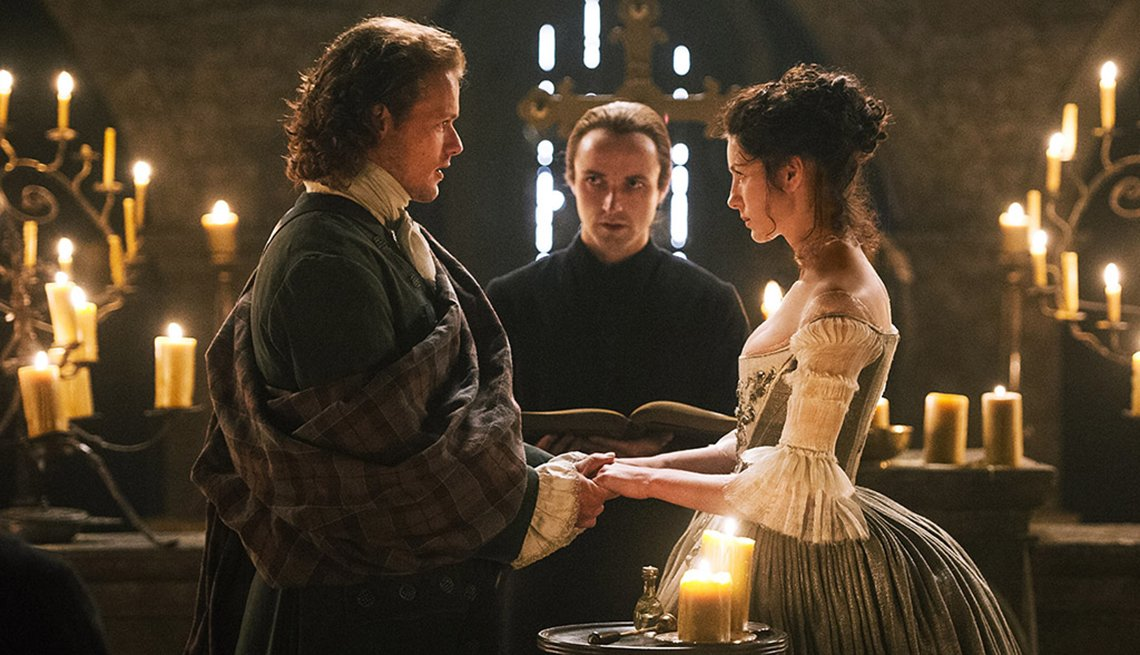 Caitriona Balfe, Sam Heughan, Graham McTavish, Outlander, Binge Worthy TV