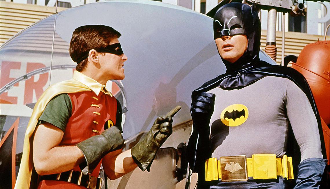 Burt Ward y Adam West en escena de la película Batman