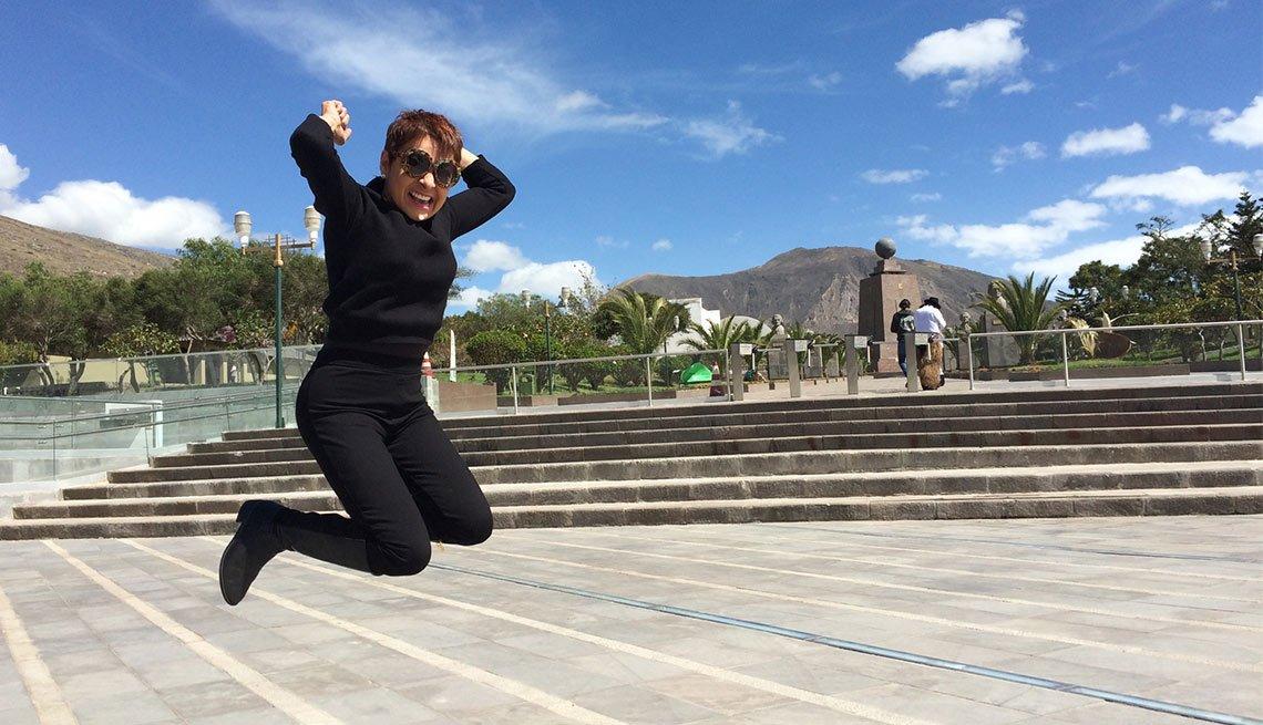 María Antonieta Collins se siente con energía y activa después de la cirugía de manga gástrica
