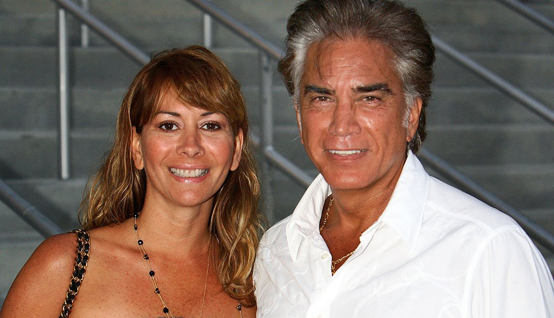 José Luis Rodríguez y Carolina Pérez - Famosas parejas latinas