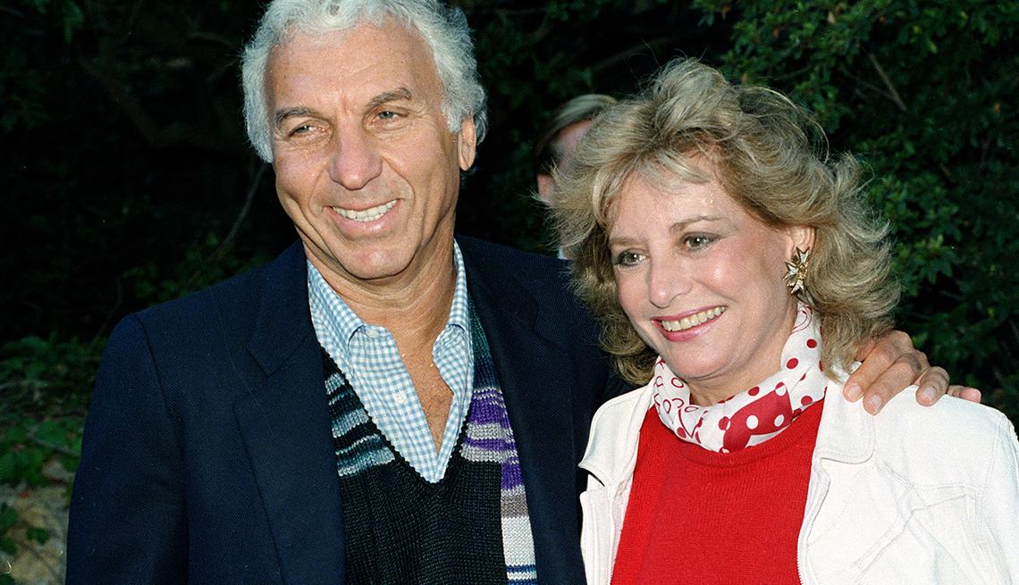 Entrevistas famosas de Barbara Walters - En la foto con uno de sus esposos, Merv Adelson en 1986