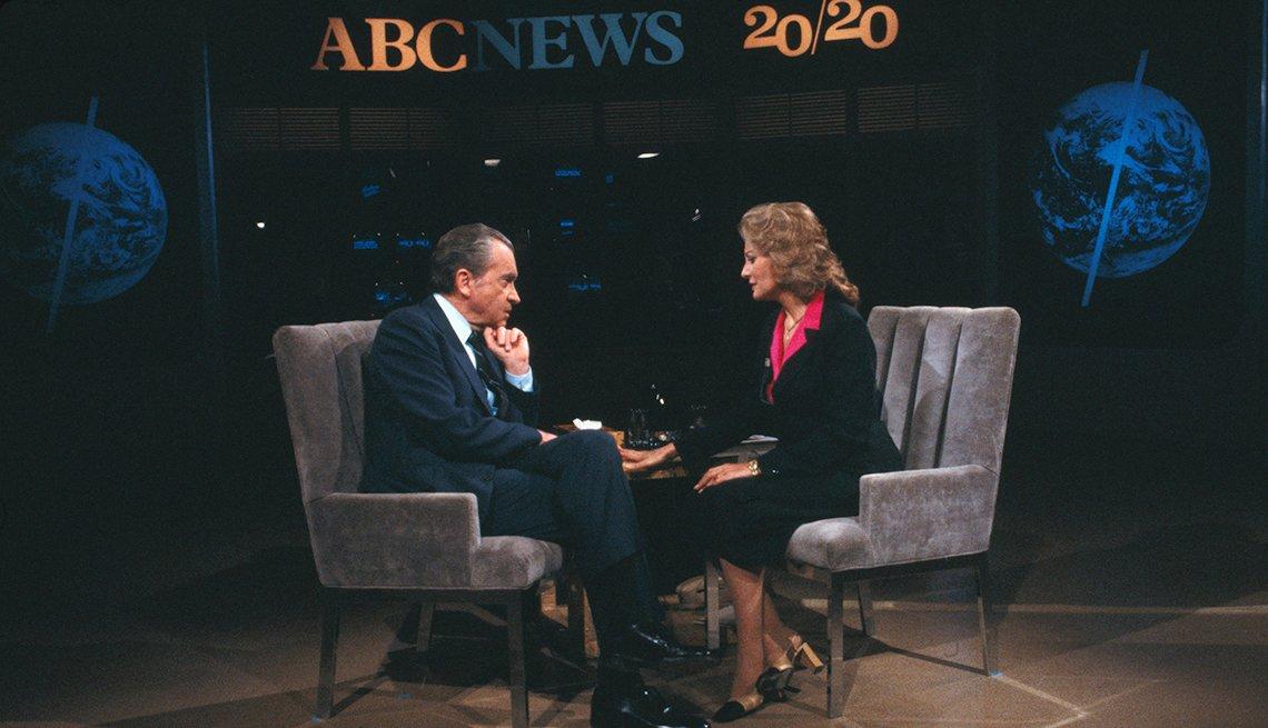 Entrevistas famosas de Barbara Walters - En la foto con el presidente Nixon en 1980