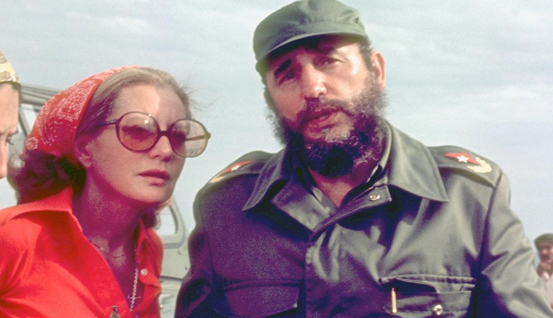 Entrevistas famosas de Barbara Walters - En la foto con Fidel Castro en 1977