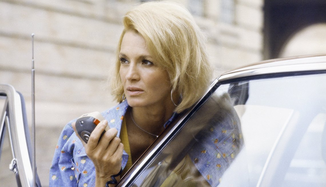 Angie Dickinson, 1974 a 1978 - Las mujeres que cambiaron la televisión