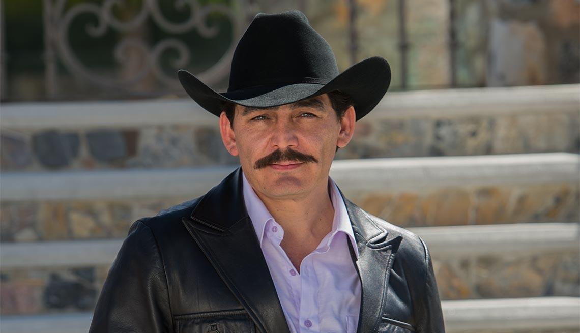 Jose Manuel Figueroa interpretando a Joan Sebastian