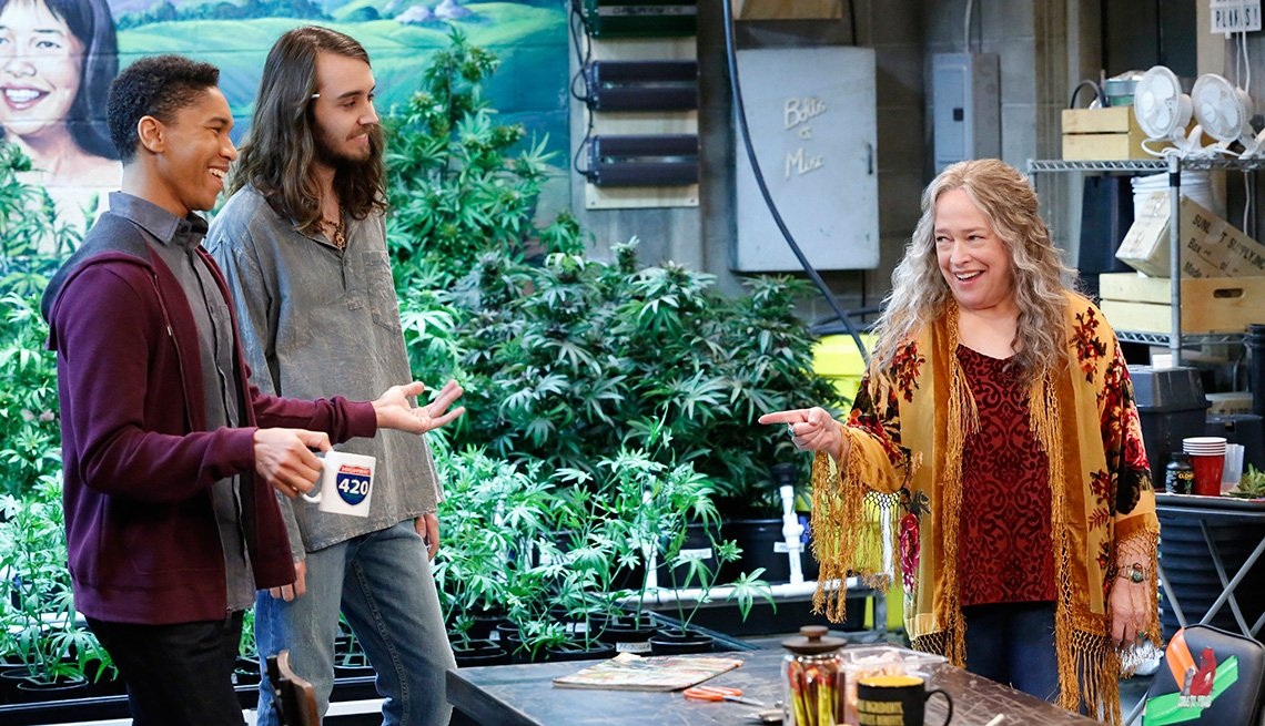 Aaron Moten, Dougie Baldwin and Kathy Bates in 'Disjointed'