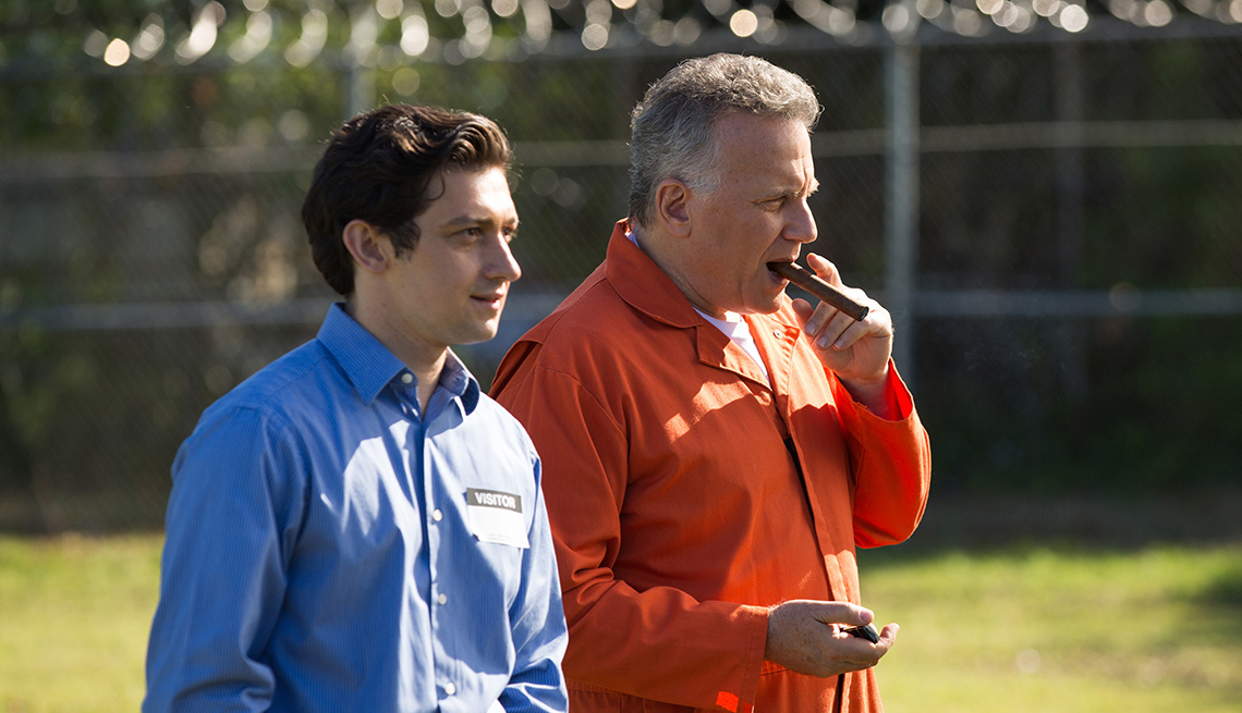 Craig Roberts, Paul Reiser on 'Red Oaks' season 3.